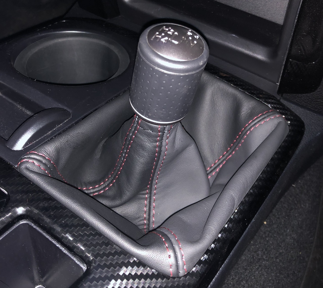 BLACK STITCHING REAL LEATHER MANUAL SHIFT BOOT FITS INFINITI G35 COUPE 03-07