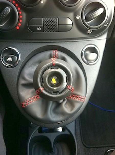 2008-19 Fiat 500 Abarth shift boot installation