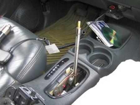 1995-98 GMC Jimmy shift boot installation