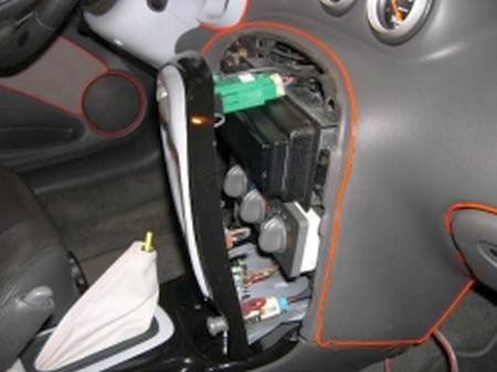 Using A Flat Blade Driver Pry The Radio And Hvac Trim Bezel Out From Dash Unplug Wires Back Set It Aside