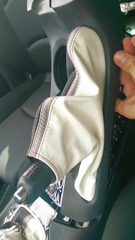 Gear /& Handbrake Gaiter For Mazda 3 BM 2013-17 Leather Red Stitching