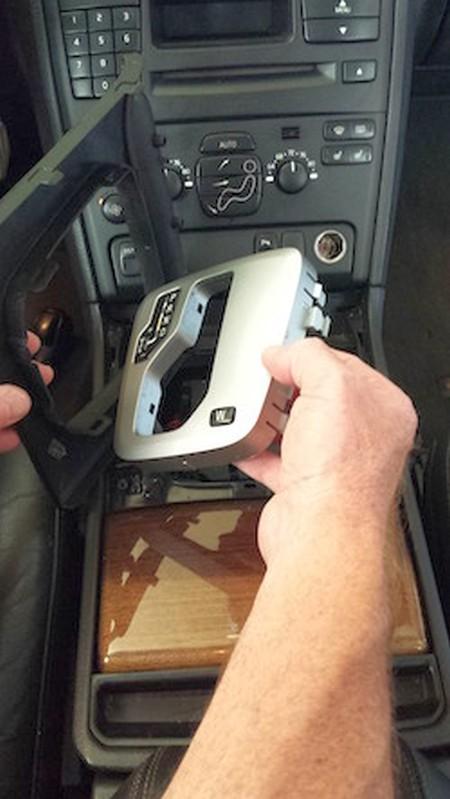 2003 13 Volvo Xc90 Shift Boot Installation