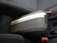 Jeep Compass 2007-16 armrest cover